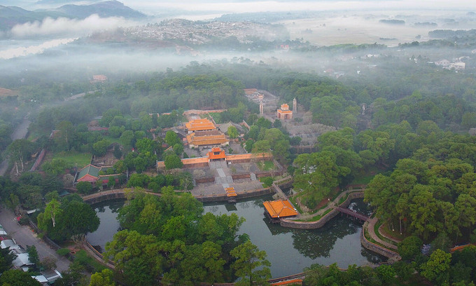 Hue to restore five Nguyen Dynasty monuments