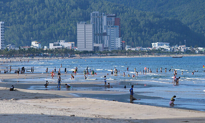 With Covid under control, Da Nang reopens public beaches, hotels
